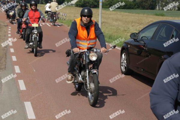 _B0A3194.jpeg - Kicksfotos.nl