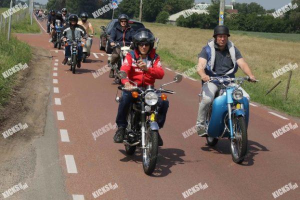 _B0A3270.jpeg - Kicksfotos.nl