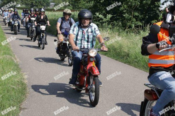 _B0A3697.jpeg - Kicksfotos.nl