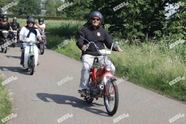 _B0A3709.jpeg - Kicksfotos.nl